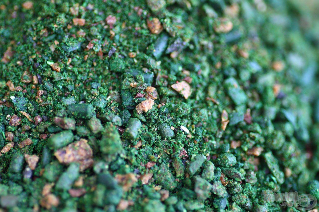 … eredeti zöldbors kivonattal, amely a hideg vizek egyik legattraktívabb csalogatóanyaga
