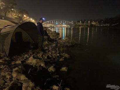 Nagyvárosi legendák – Éjszaka a szegedi Tiszán