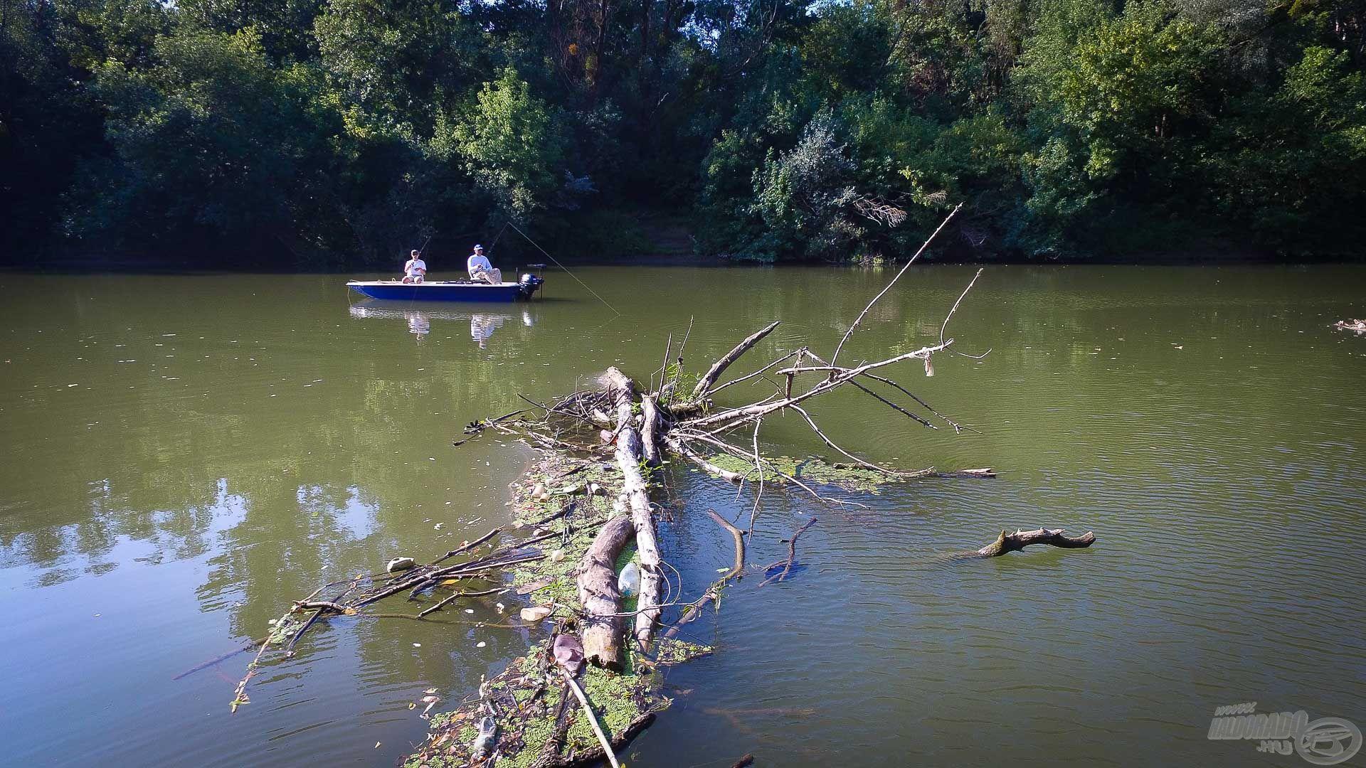 Akadókat horgásztunk