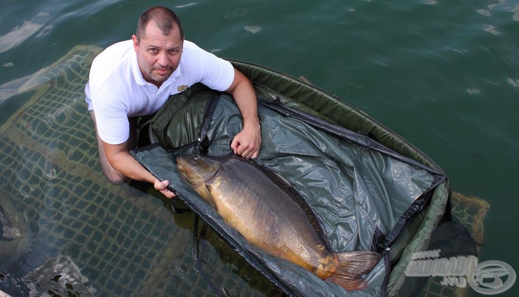 Nem kellett sokat várni az első halra, amely mindjárt 17,80 kg-ot nyomott