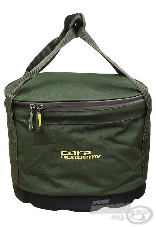 Nagy mennyiségű csali vagy etetőanyag tárolására képes ez praktikus táska