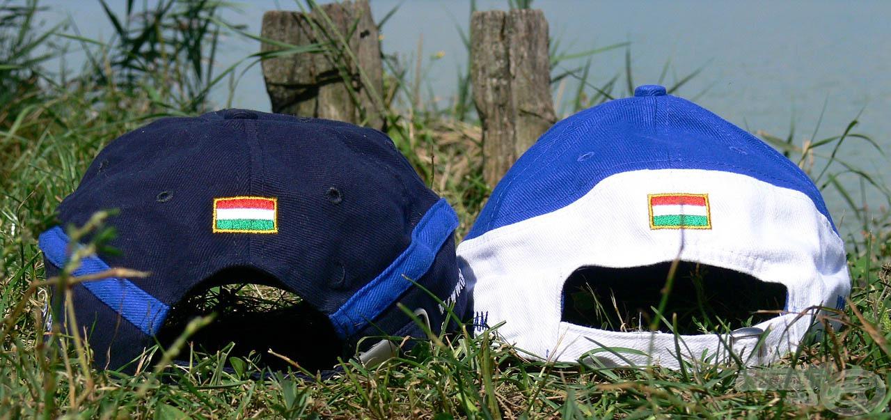 """A korábbi Haldorádó baseballsapkáinkhoz hasonlóan az új modellek hátoldalán is egy-egy hímzett magyar zászló található, így a világ bármely pontján tartózkodjon a sapka viselője, Magyarország egy kis """"darabkája"""" mindig vele lesz"""