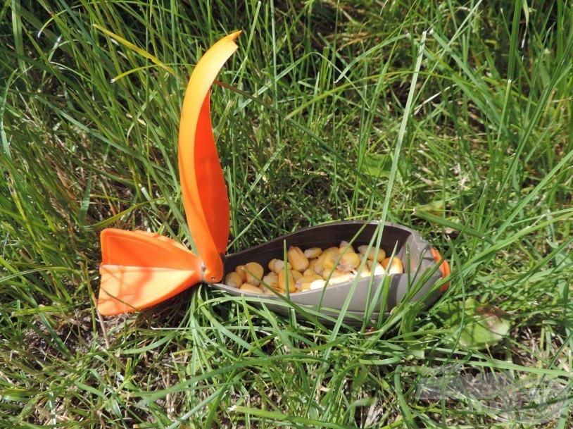 Egy marék kukorica simán elfér benne