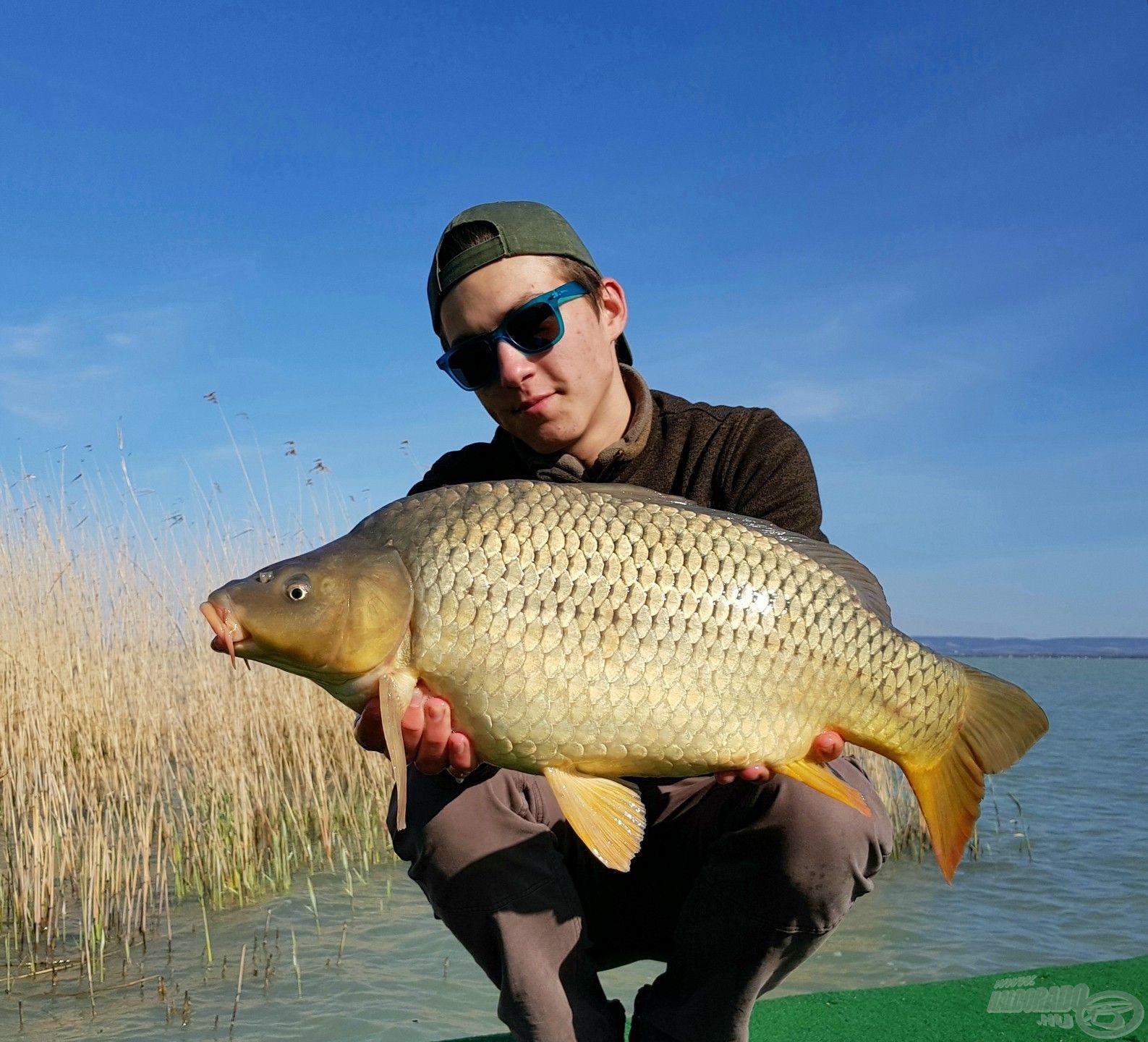 A dupla kapás első hala ez az 5 kiló körüli töves volt