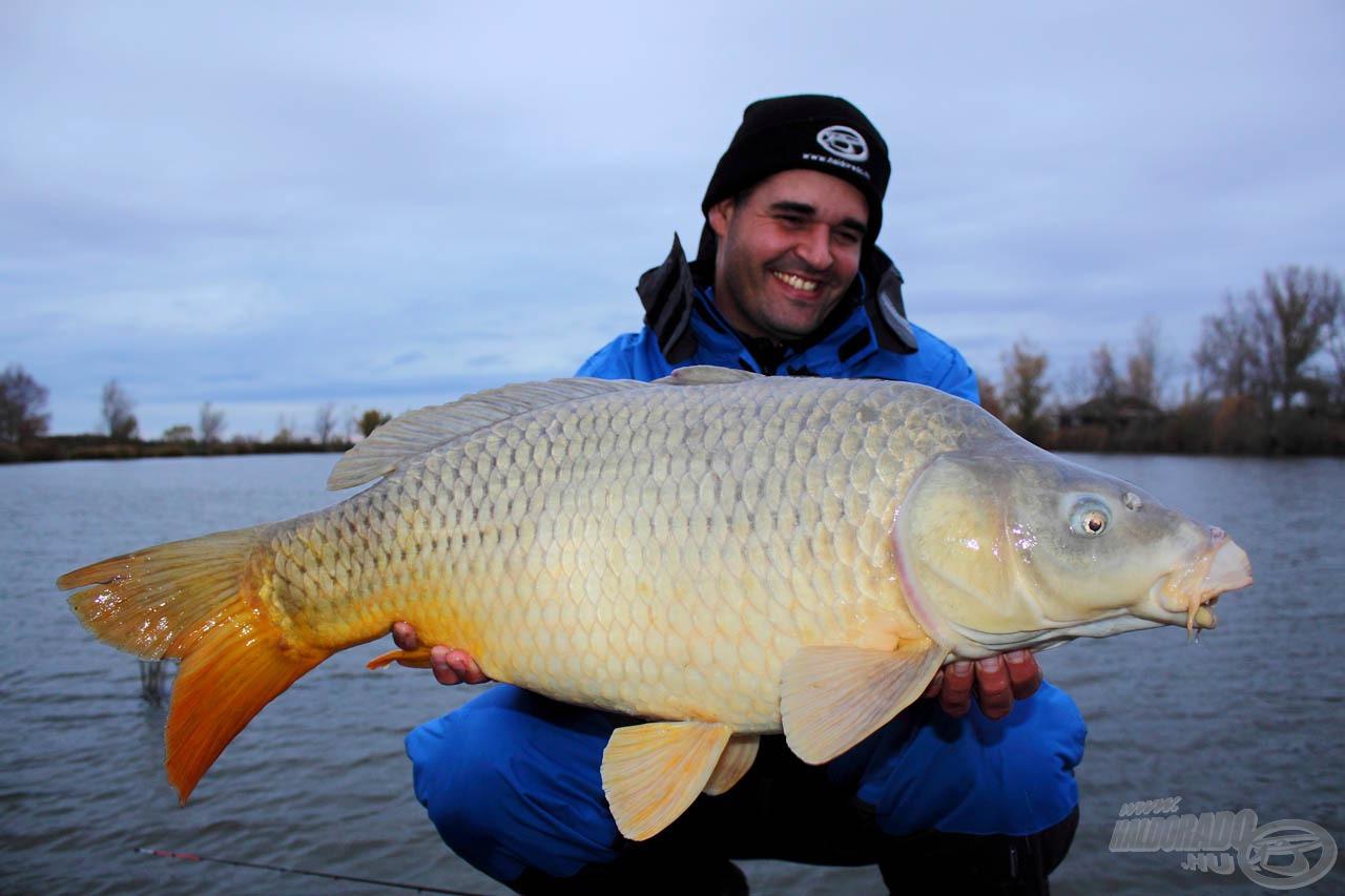 Ezzel a felszereléssel az ilyen méretű halak számára nincs menekvés, csak fotózás után!