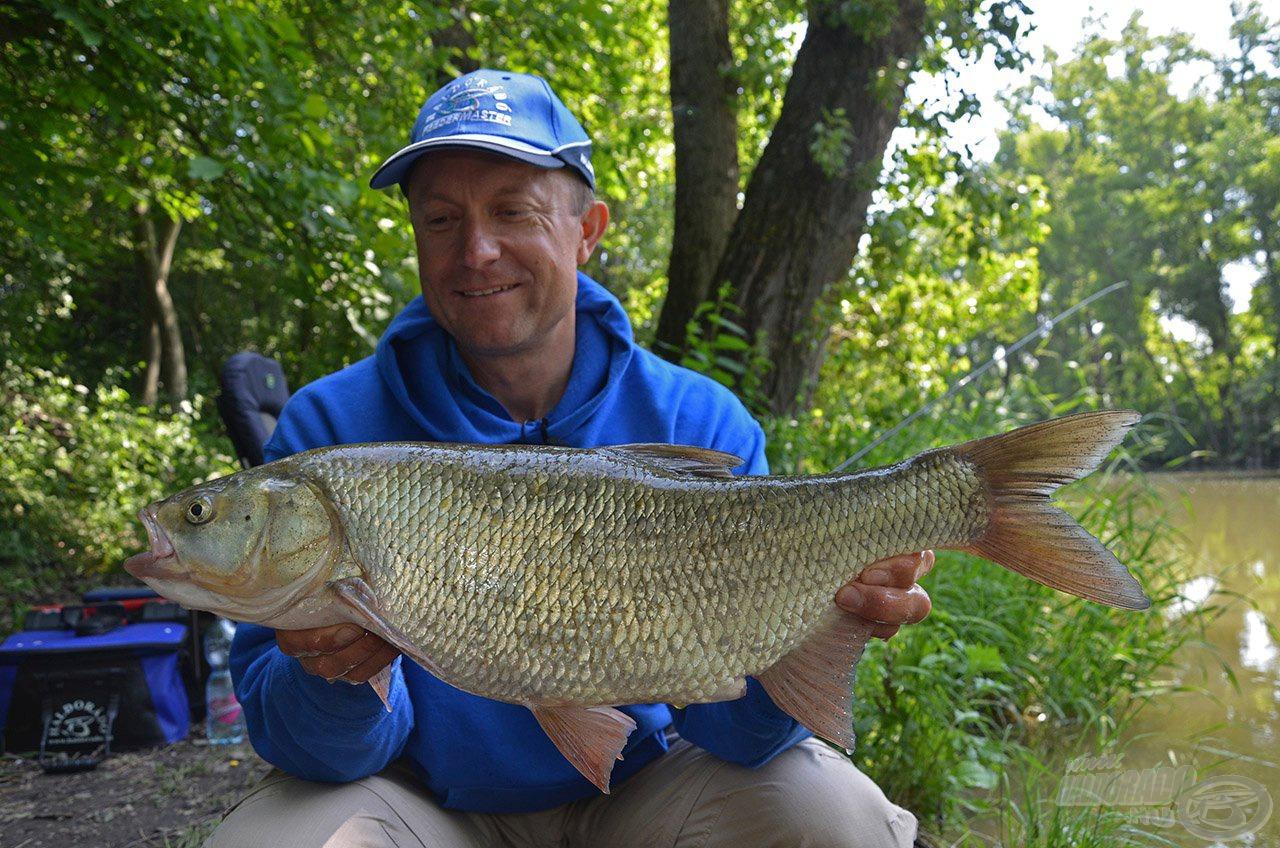 Ezért is szeretek a vadvizeken horgászni, mert soha nem lehet tudni, hogy mi lesz a következő hal, ami bekapja a csalit