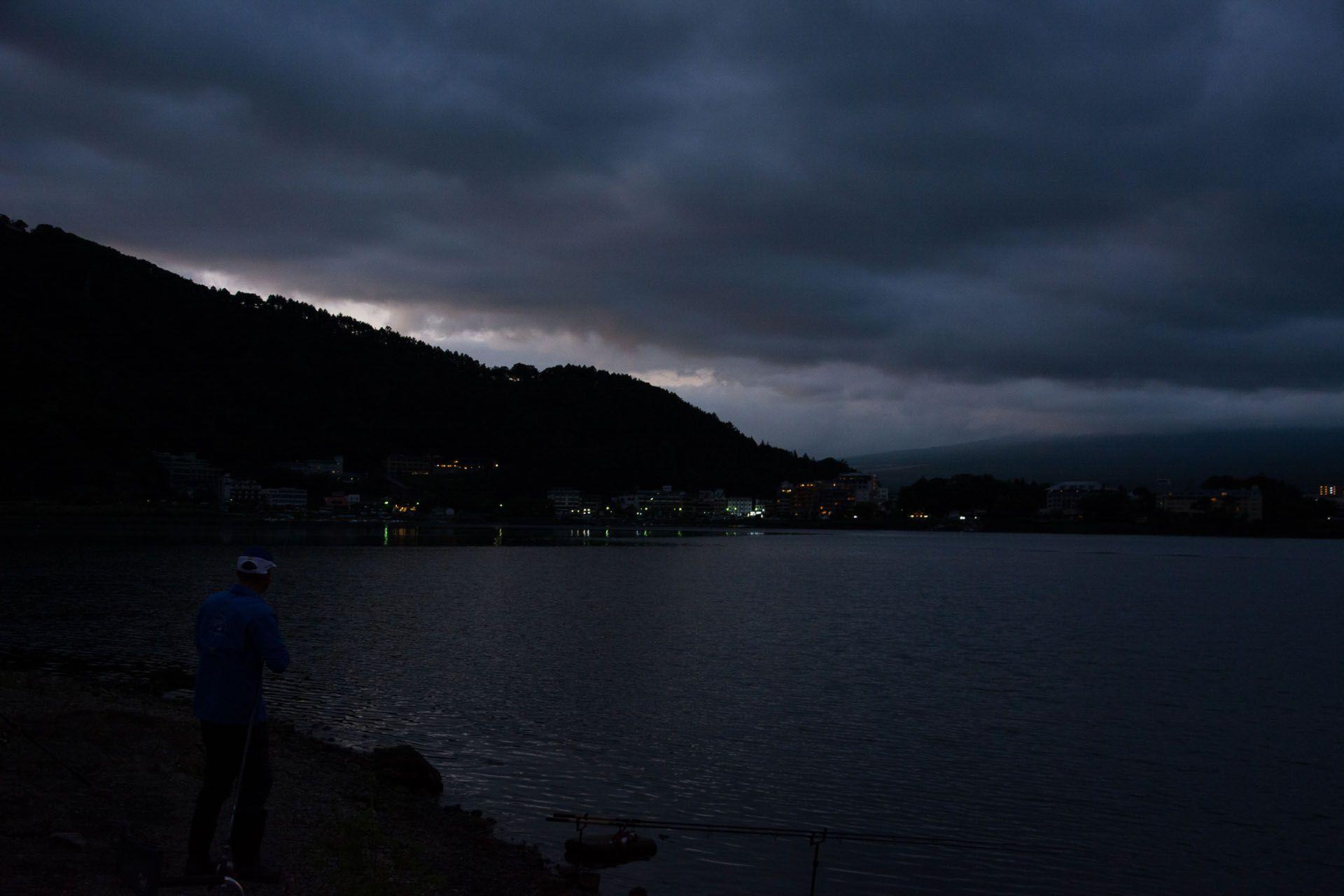 Másnap még korábban indult a horgászat, de már egy új helyen