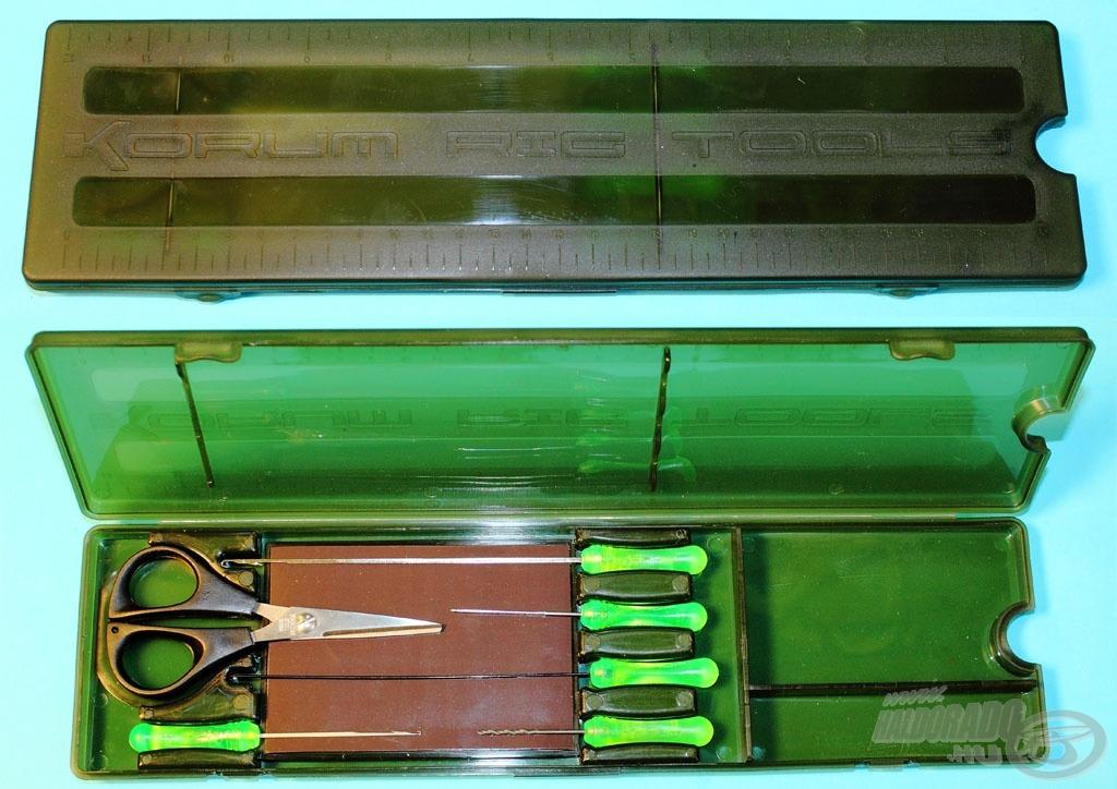 Az eszközöket egy zárható mágneses dobozban kínálja a Korum