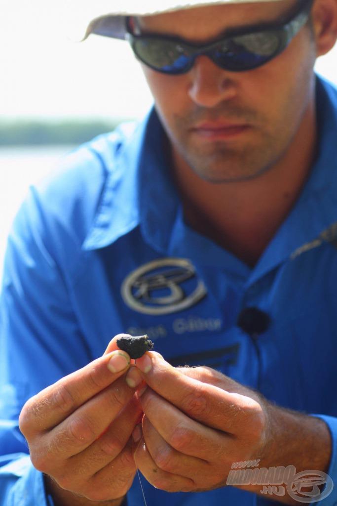 A paszta hatására megnő a csali mérete és formája, amivel még az óvatosabb halakat is be lehet csapni