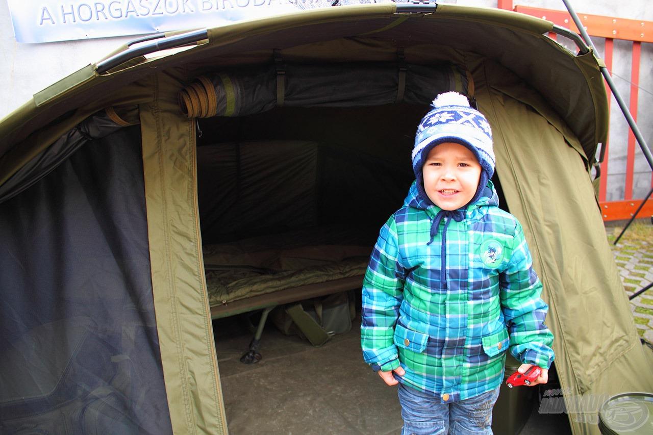 A sátort hazaviszem :)