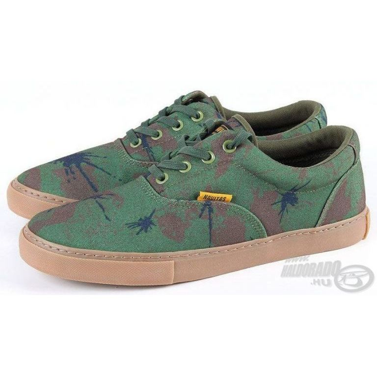 NAVITAS Terepszínű cipő 46