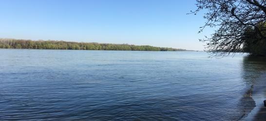 Duna folyam - Paks